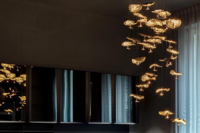 Catellani & Smith Gold Moon Chandelier Leuchte